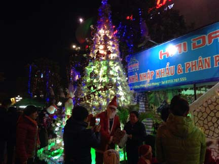 than quan noel haidang plaza